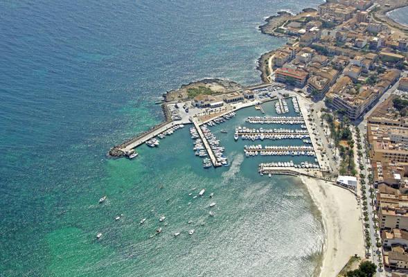 Puerto De Colonia Sant Jordi Marina