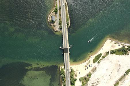 Beach Road Bridge