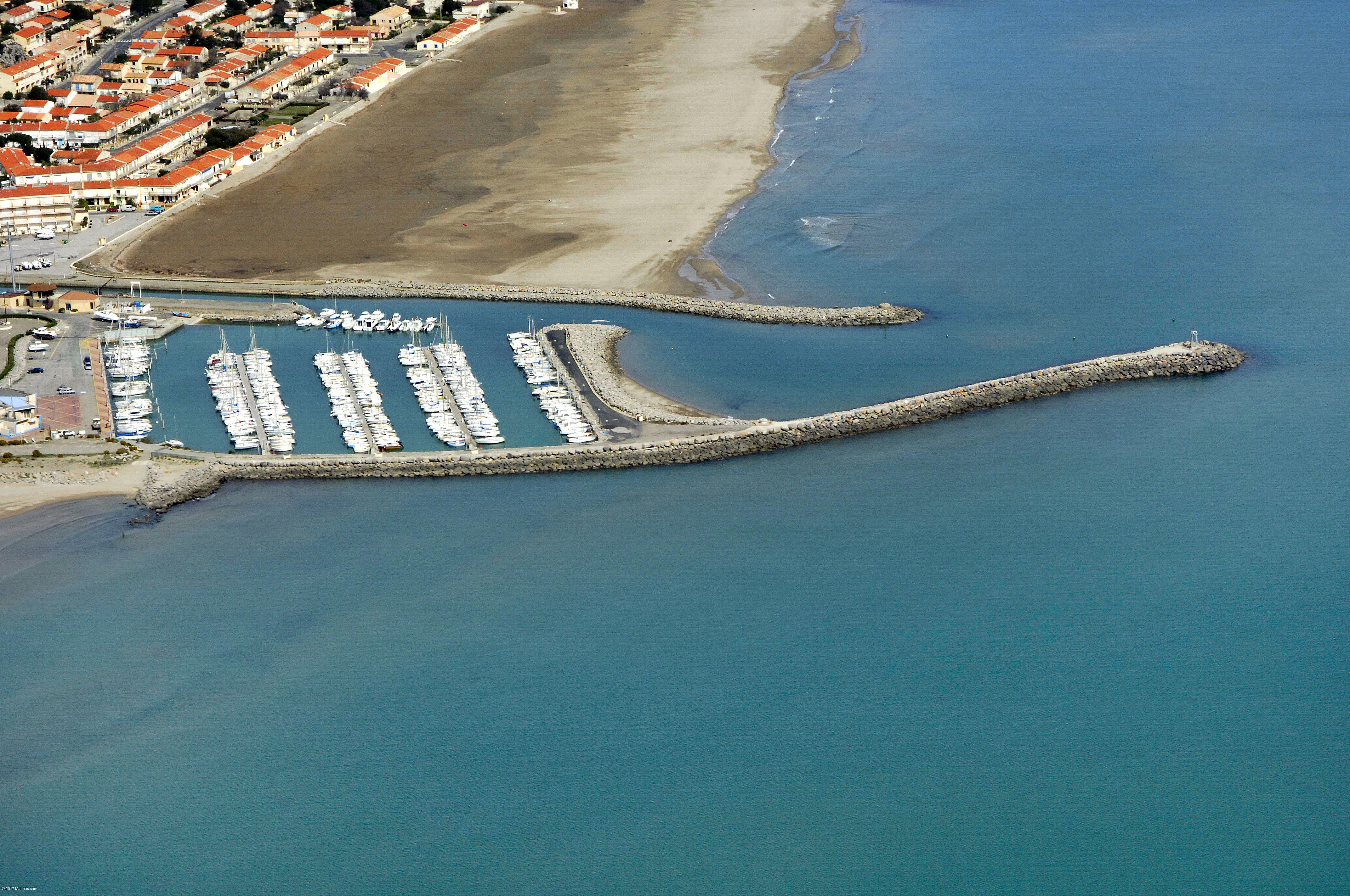 Narbonne plage marina in narbonne plage languedoc - V and b narbonne ...