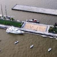 Pier 25 Marina