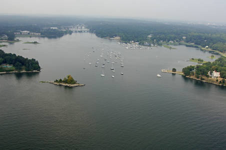 Cos Cob Harbor Inlet