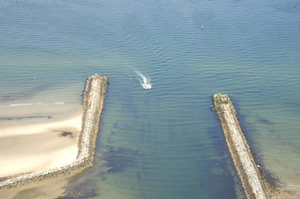 Sesuit Harbor Inlet