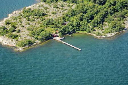 Iso Lanholmi Yacht Harbour