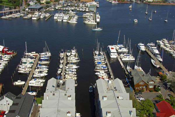 Pier 4 Marina