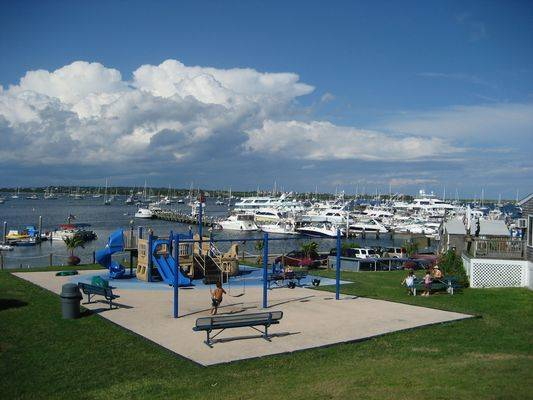 Champlin's Marina, Hotel and Resort