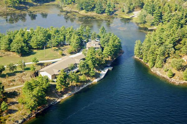 Big Rideau North Shore Resort